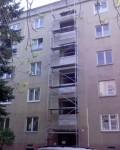 Rozšírenie okien po oboch stranách.